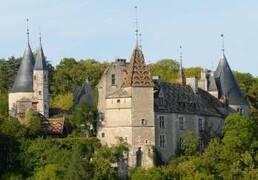 Château de la Rochepot près de Nolay