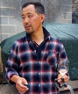 ブルゴーニュの日本人ワインメーカー、斉藤政一さん。