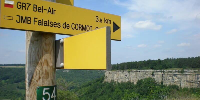 Les falaises de Cormot ©OTI-P.Gateau