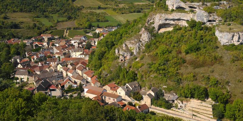 Saint-Romain, route des grands crus autour de Beaune